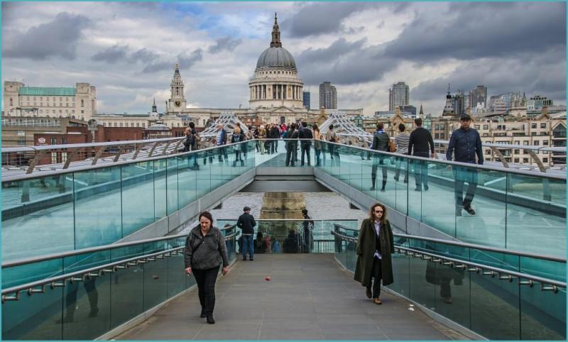 A photo of 'Millenium Bridge' by G Holt