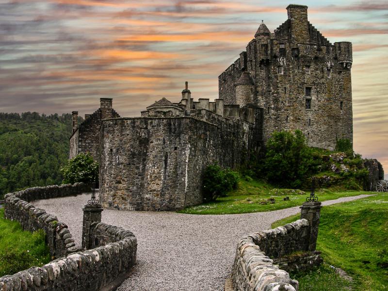 A photo of 'Eilean Donan Castle' by D. Gallimore