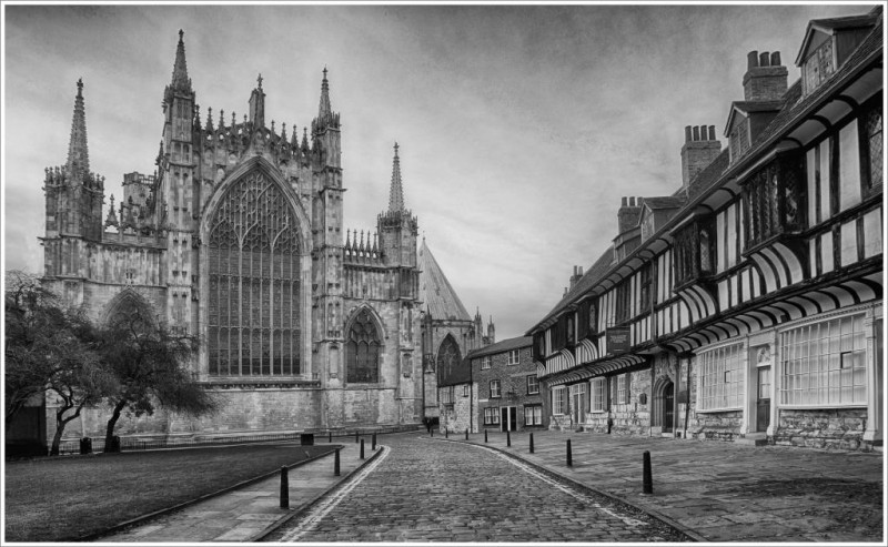 A photo of 'Cathedral Close' by R. Dallywater