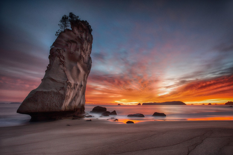 A photo of 'Te Hoho Rock, NZ ' by Phil Mallin